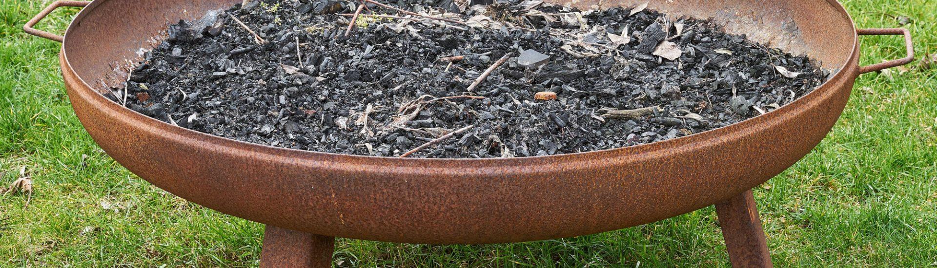 Rost Feuerschalen: Brennstoffe, Betrieb, Feuerschale als Grill verwenden